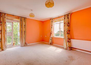 Thumbnail 2 bed flat for sale in Castelnau, London