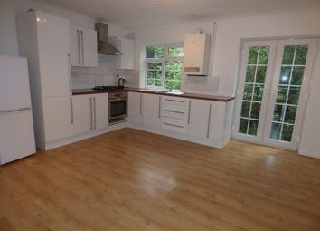 Thumbnail 5 bed town house to rent in Freshwood Way, Wallington