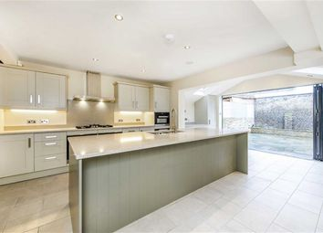 Thumbnail 5 bed terraced house to rent in Bovingdon Road, Fulham