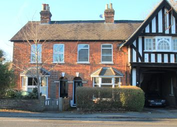 Thumbnail 2 bed cottage to rent in London Road North, Merstham, Redhill