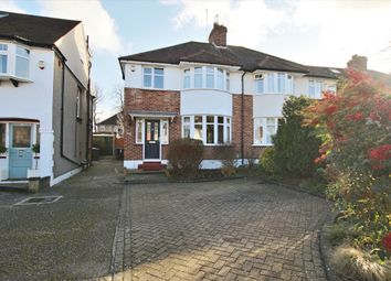 Elmer Close, Enfield EN2. 3 bed semi-detached house for sale