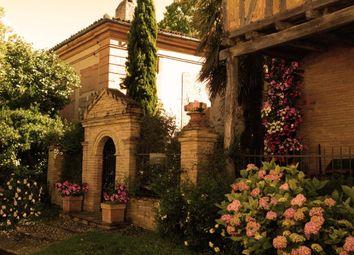 Thumbnail Hotel/guest house for sale in Blagnac, Haute Garonne (Toulouse Area), Occitanie