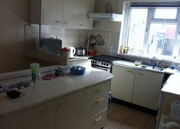 Thumbnail 2 bed property to rent in Kelsall Terrace, Hyde Park, Leeds