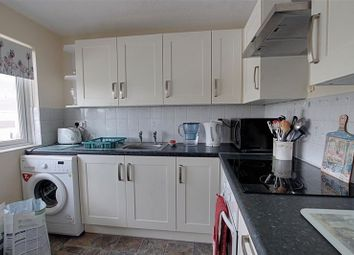 Thumbnail 2 bed flat to rent in Kingsdown Road, Trowbridge
