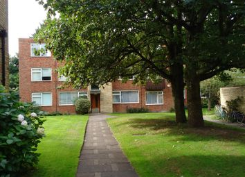 Thumbnail 2 bedroom flat for sale in Cambanks, Cambridge