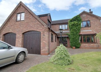 Thumbnail 5 bed detached house for sale in Avenue Clamart, Scunthorpe