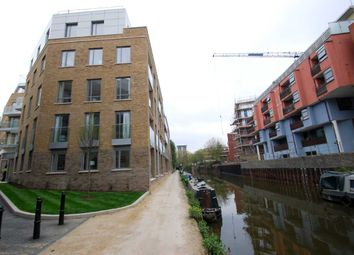 Thumbnail 2 bed flat to rent in Langan House, Canary Wharf