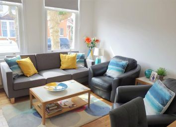 Thumbnail 2 bed property to rent in Fox Lane, London