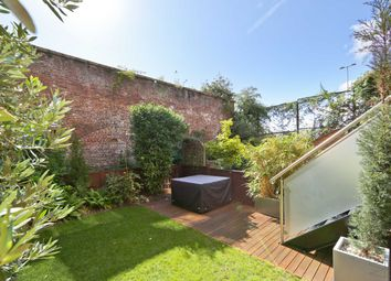 Thumbnail 4 bed property for sale in Portland Square, London