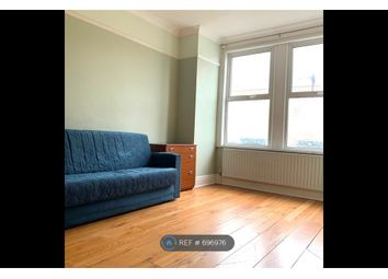 Thumbnail 3 bed flat to rent in Perry Rise, London