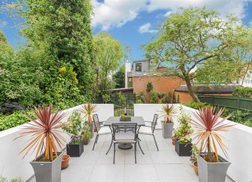 Thumbnail 3 bed flat for sale in Platts Lane, London