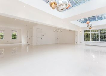 5 bed property for sale in Westlinton Close, Mill Hill, London NW7