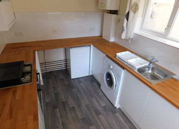 Thumbnail 4 bedroom shared accommodation to rent in Fawcett Road, Southsea