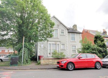2 bed flat for sale in Milman Road, Reading, Berkshire RG2
