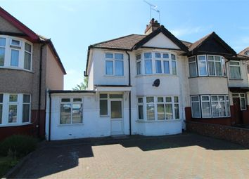 4 bed semi-detached house to rent in Stag Lane, London NW9