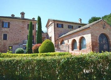 Thumbnail 6 bed farmhouse for sale in Rapagnano, Fermo, Marche, Italy