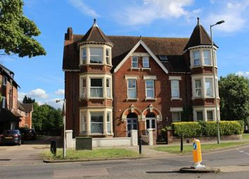 Thumbnail 1 bed flat to rent in Park Avenue, Bedford