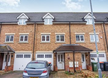 3 bed town house for sale in Watling Gardens, Dunstable LU6