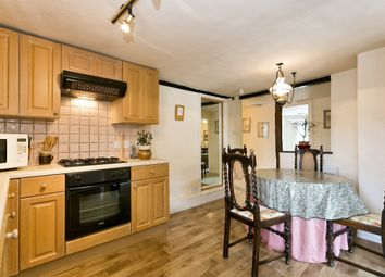 Thumbnail 2 bed flat to rent in Sydney House, Northfield End, Henley-On-Thames