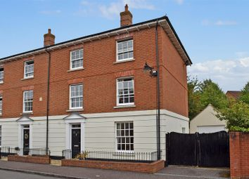 Thumbnail 4 bed town house for sale in Hillyfields, Taunton