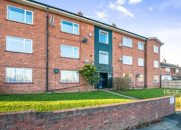Thumbnail 2 bed flat for sale in Blenheim Road, Maidenhead