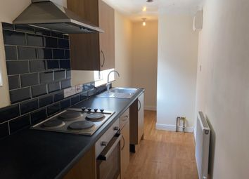 2 bed flat to rent in Greenhill Street, Stratford-Upon-Avon CV37