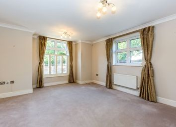 Thumbnail 2 bed flat to rent in Cross Lanes, Guildford