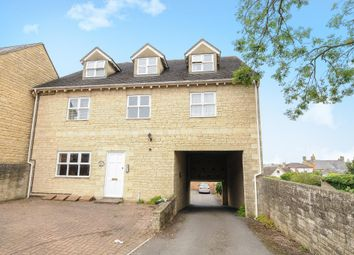 Thumbnail 2 bed flat to rent in Chipping Norton, Oxfordshire