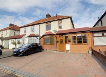 3 bed property for sale in Cuffley Hill, Goffs Oak, Waltham Cross EN7