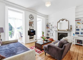 2 bed flat for sale in Holloway Road, London N19
