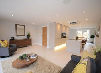 Thumbnail 4 bed town house to rent in Lammas Court, Windsor