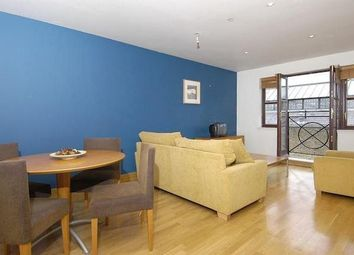 Thumbnail Flat to rent in Kingsley Mews, Wapping