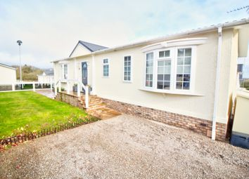 2 bed mobile/park home for sale in Red Lane, Burton Green, Kenilworth CV8