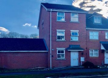 Thumbnail 4 bed town house to rent in Wainwright Avenue, Leicester
