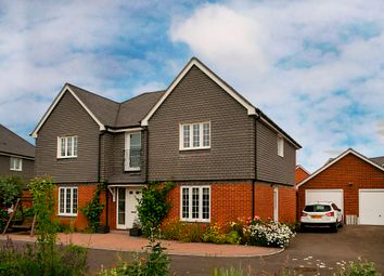 Thumbnail 5 bedroom detached house to rent in Elk Path, Three Mile Cross, Reading