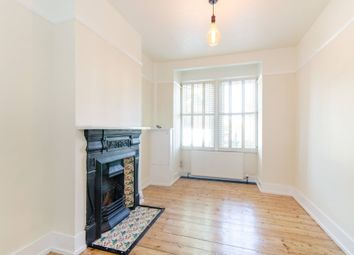 4 bed flat to rent in Balls Pond Road, Islington, London N1