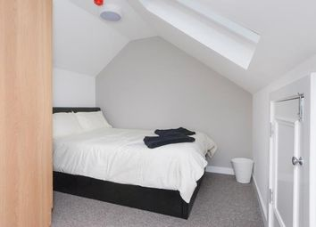 Thumbnail Room to rent in Hunter Square, Edinburgh