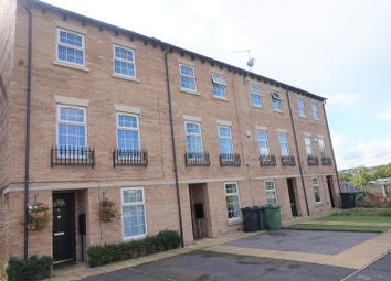 Thumbnail 5 bed mews house for sale in Kingfisher Crescent, Dewsbury