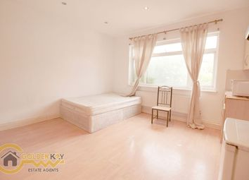 Thumbnail  Studio to rent in Finchley Road, Golders Green