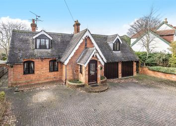 Thumbnail 3 bed cottage for sale in Cricket Hill, Finchampstead, Berkshire