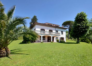 Thumbnail 4 bed villa for sale in Lucca (Town), Lucca, Tuscany, Italy