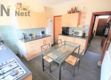 Thumbnail 4 bed property to rent in Ashville Avenue, Hyde Park