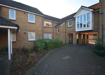 Thumbnail 1 bed flat for sale in Farriers Road, Epsom