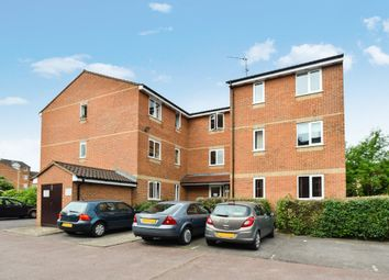 Thumbnail 2 bed flat for sale in Blackdown Close, East Finchley