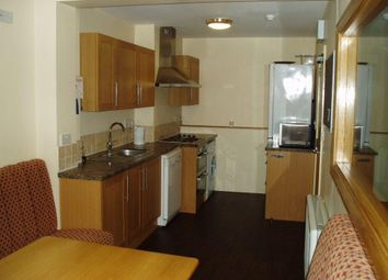 Thumbnail 6 bed flat to rent in Hawks Road, Kingston Upon Thames