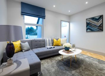 Thumbnail 6 bed terraced house to rent in Kings Road, Reading