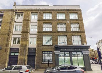 Thumbnail 3 bedroom flat to rent in Phipp Street, London