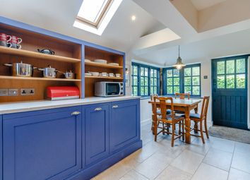 Thumbnail 3 bed cottage for sale in Chalfont Road, Seer Green, Beaconsfield