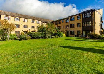 Brampton Road, Huntingdon, Cambridgeshire PE29. 2 bed flat for sale