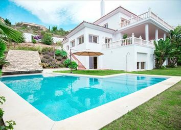 Thumbnail 6 bed town house for sale in Estepona, Málaga, Spain